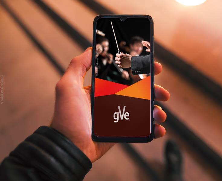 Markendesign gezeigt am Handy für einen Konzertanbieter